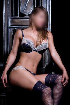 Julia Ballester, Escort in Barcelona