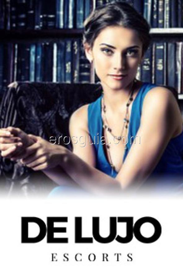 Benvenuti a De Lujo, il posto dove troverai le accompagnatrici più eleganti