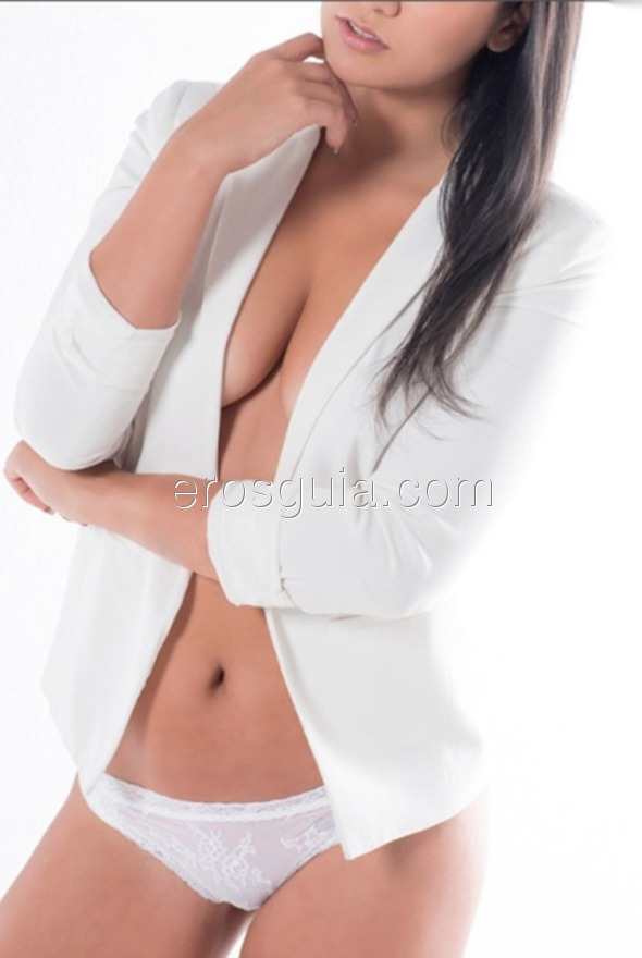 Hello, I'm Paula, a luxury escort