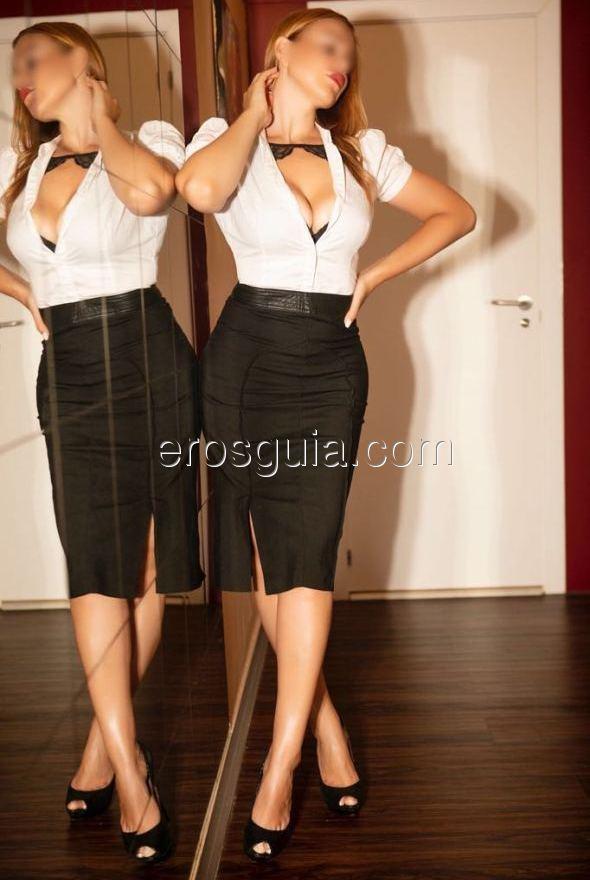 Hola, me llamo Emma y soy una sensual escort Española de 24 años, todas...